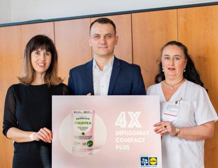 Lidl, v rámci Roka prevencie, daroval Východoslovenskému onkologickému ústavu štyri prístroje na liečbu rakoviny.