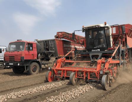 Pracovné stroje zaplnili polia vďaka spolupráci so spoločnosťou Lidl